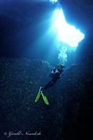 Croatia Diving: diver at the blue hole